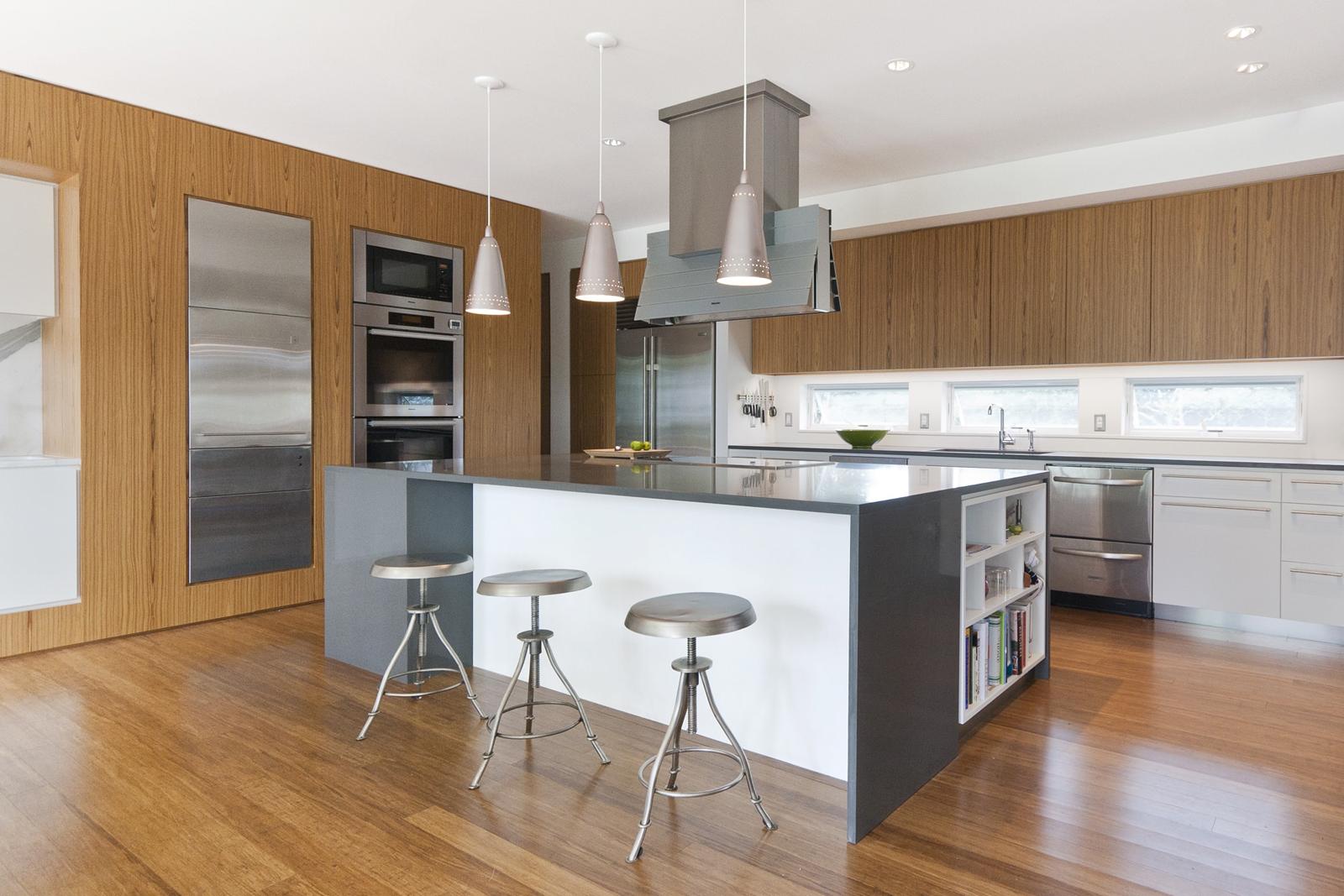 14-res4-resolution-4-architecture-modern-modular-home-prefab-house-fishers-island-interior-kitchen-dining-island.jpg