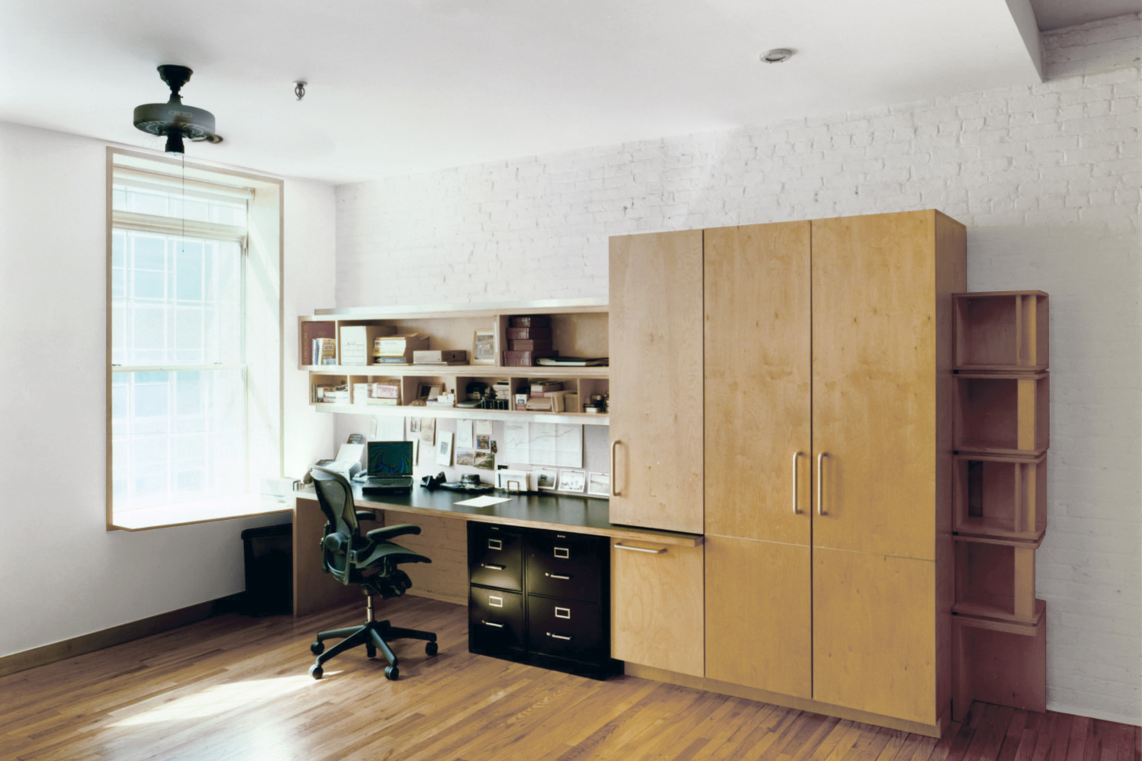 12-res4-resolution-4-architecture-modern-apartment-residential-rons-loft-interior-office.jpg