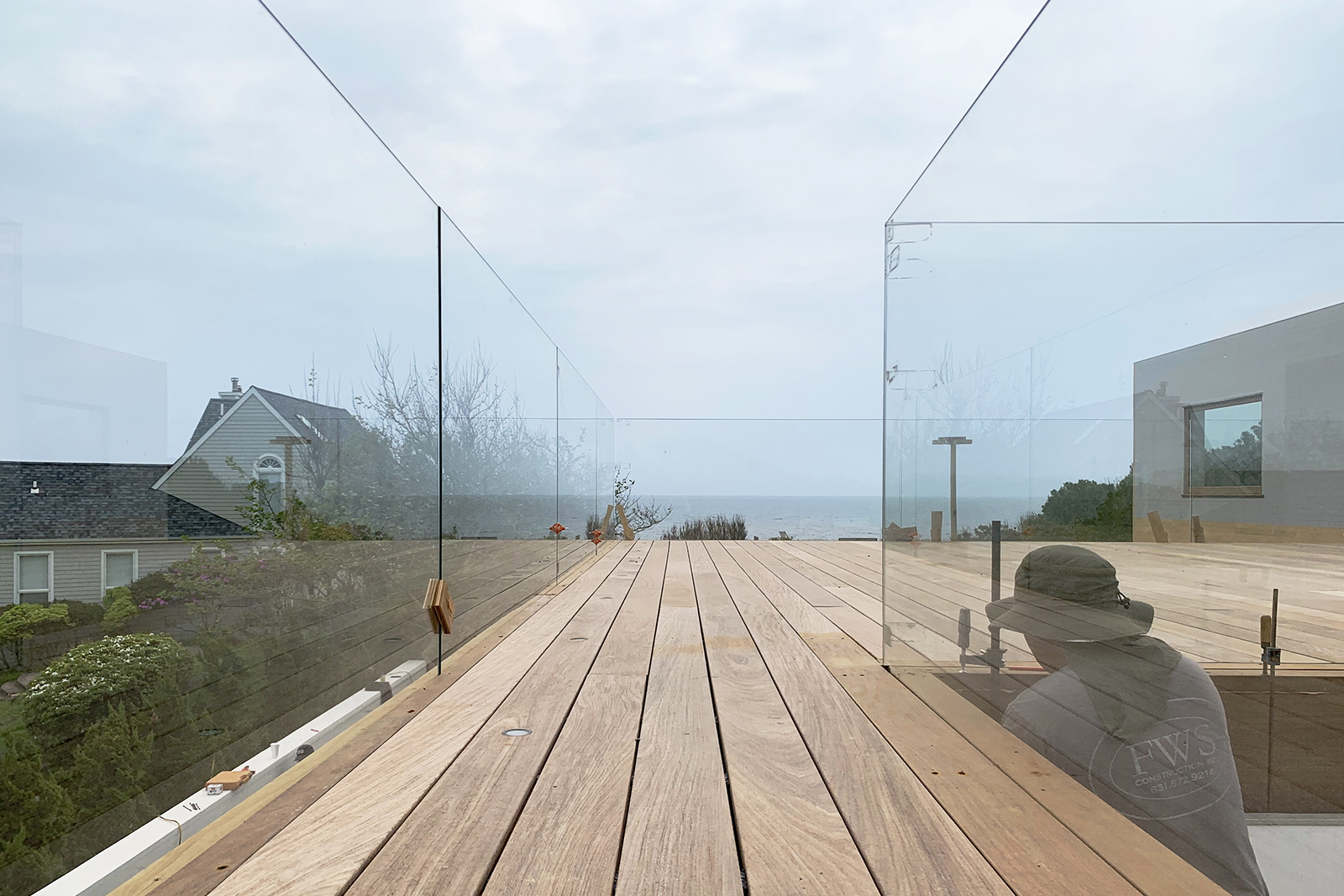 09-res4-resolution-4-architecture-surfside-modern-renovation-montauk-hamptons-ny-roof-deck.jpg