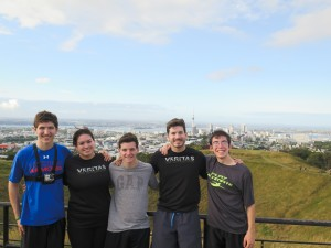 No Veritas trip is complete without a jog to the highest point in the city! Seekers ran 3km to Mount Eden in Auckland