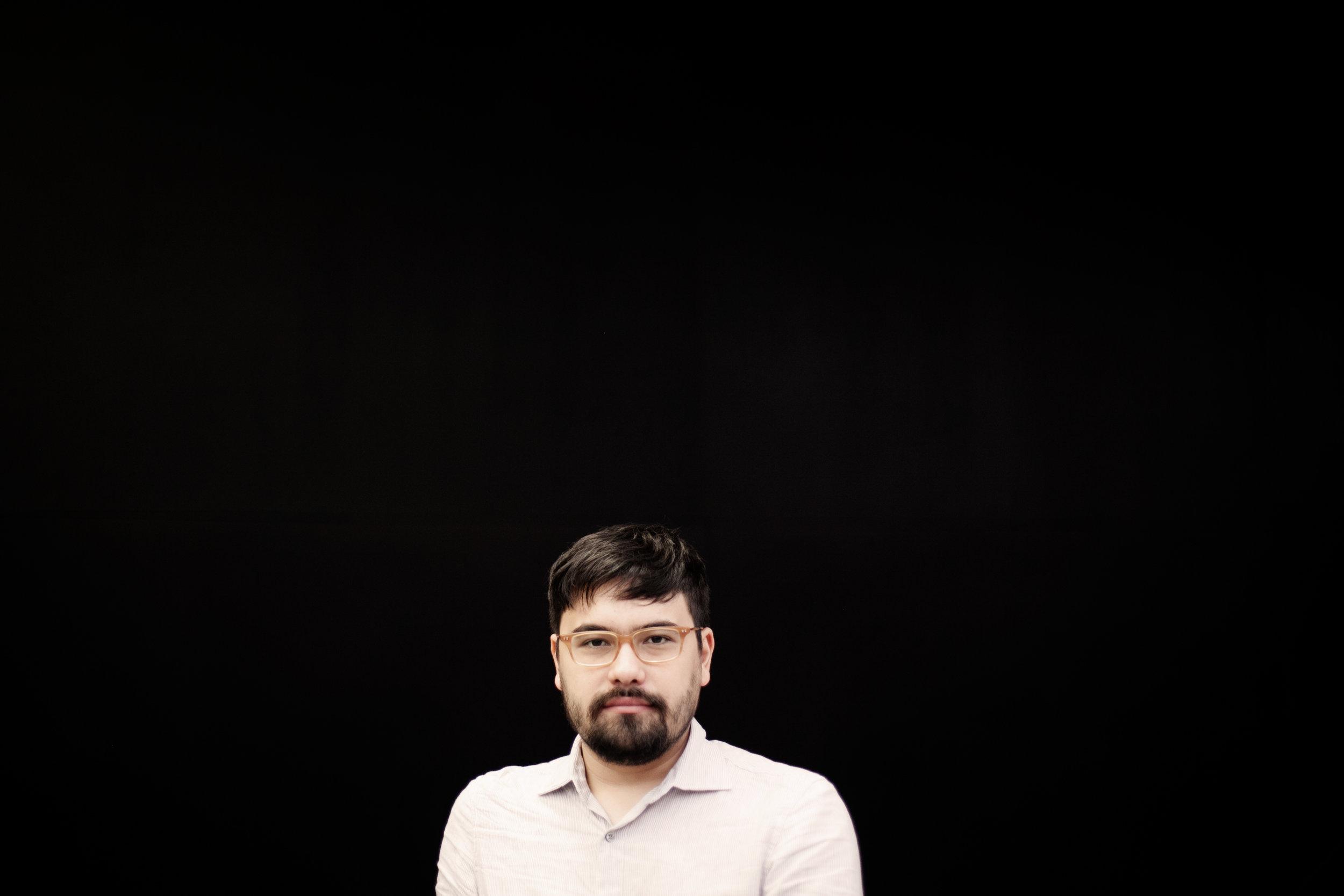 retrato pati Paulo Miyada.jpg