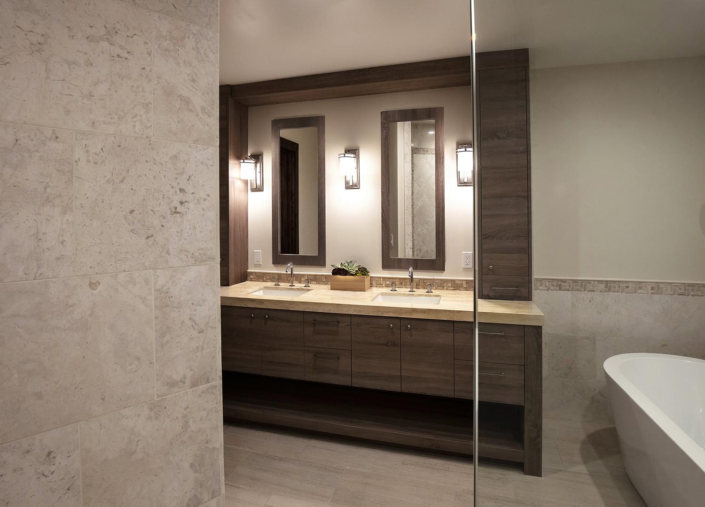 modern bath 1.jpg