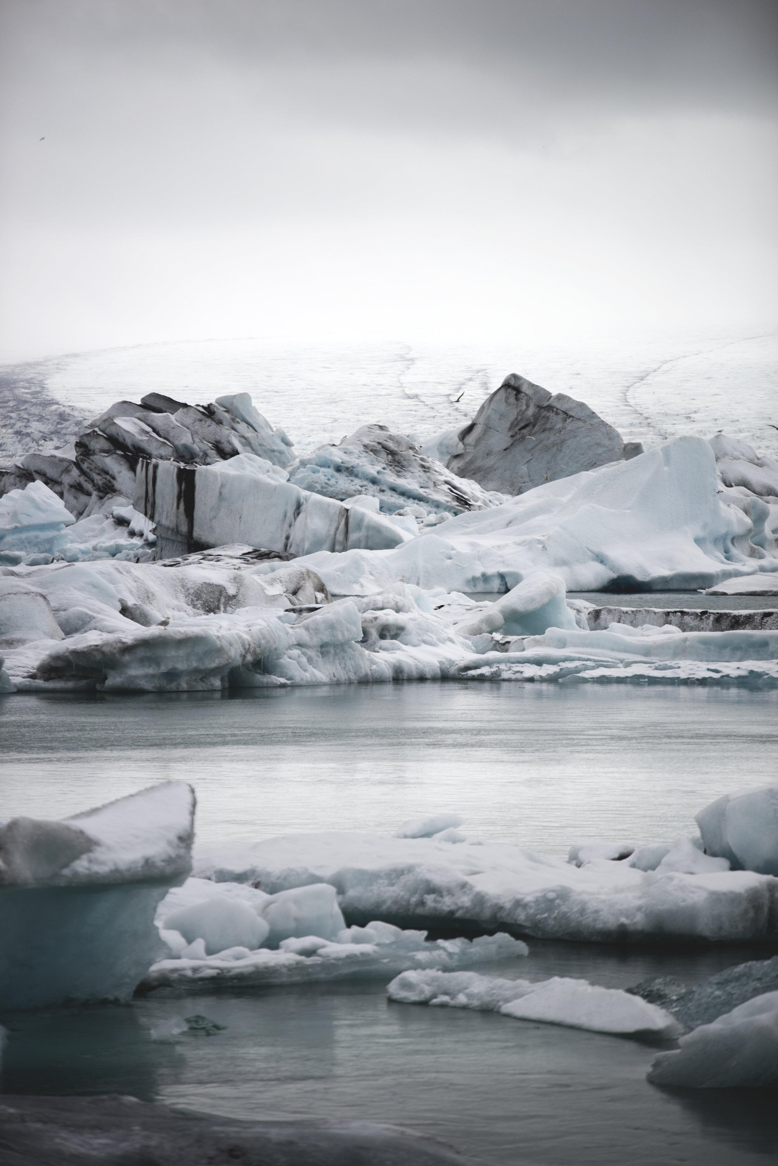 Snowy Ice in Jokulsarlon in Iceland.jpg