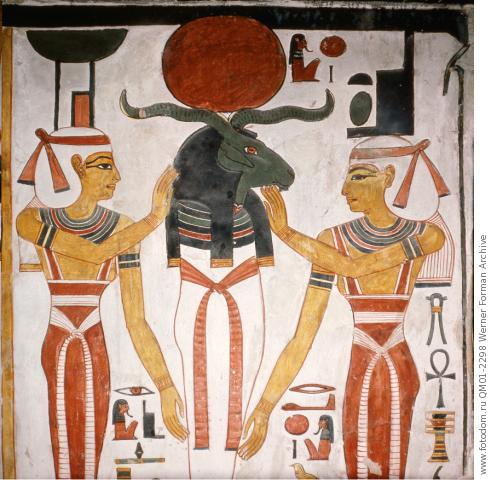 the coniunctio of Ra and Osiris, attended to by Nephythys and Isis