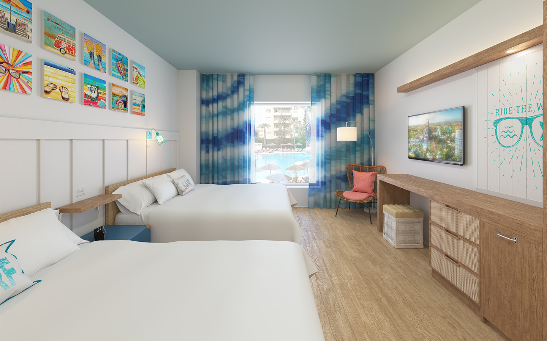 Standard 2 queen room at Surfside Inn (©Universal