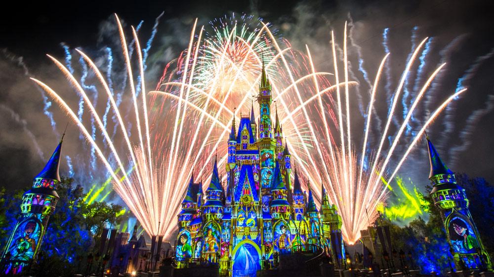 magic-kingdom-happily-ever-after-castle-fireworks-16x9.jpg