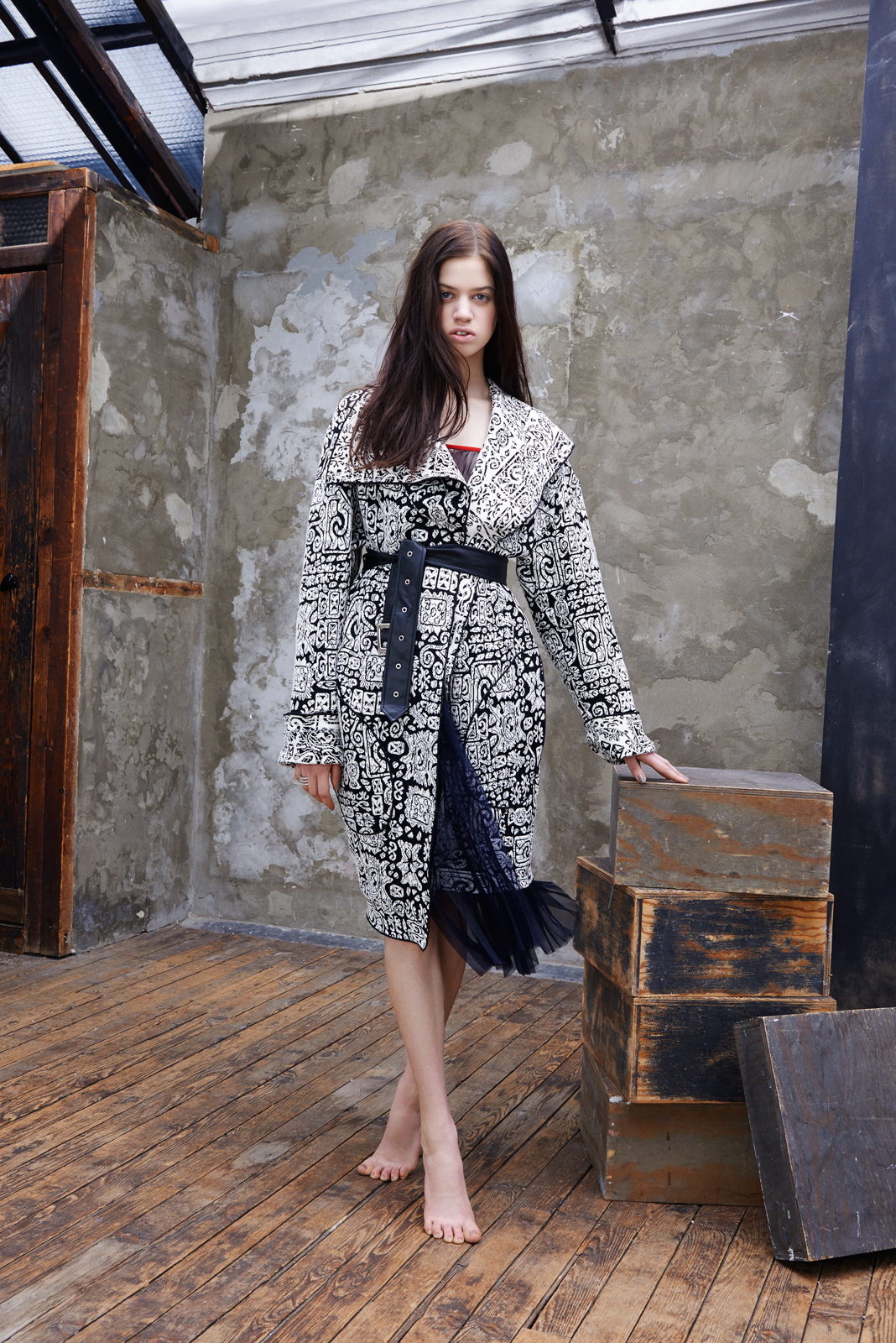 Knitted jacquard coat and pleated silk georgette skirt  CELINE .