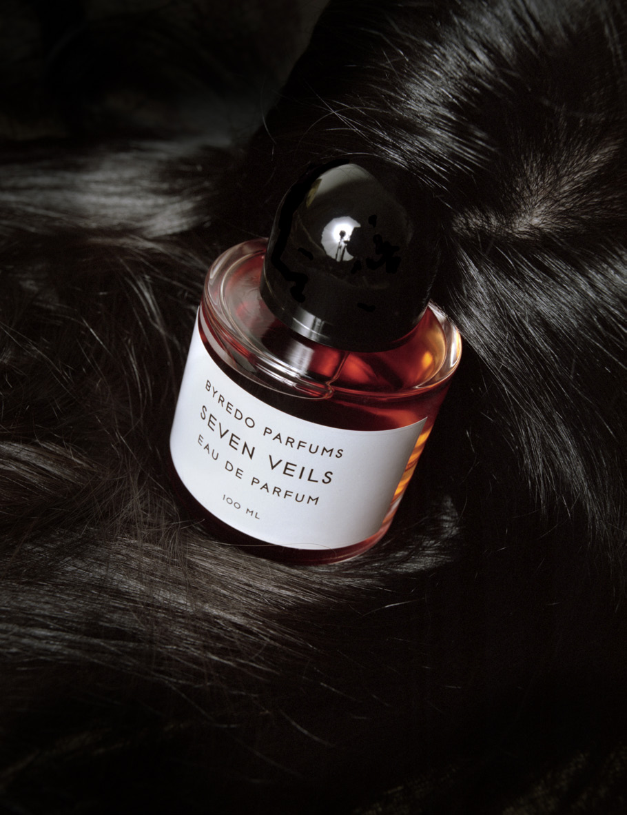 BYREDO PARFUMS  latest fragrance is based on Salome's dance of the SEVEN VEILS, a story of many layers.. A spicy, oriental composition built around the airy effervescence of Vanilla Flowers, piquant Pimento Berries and warm Indian Sandalwood.
