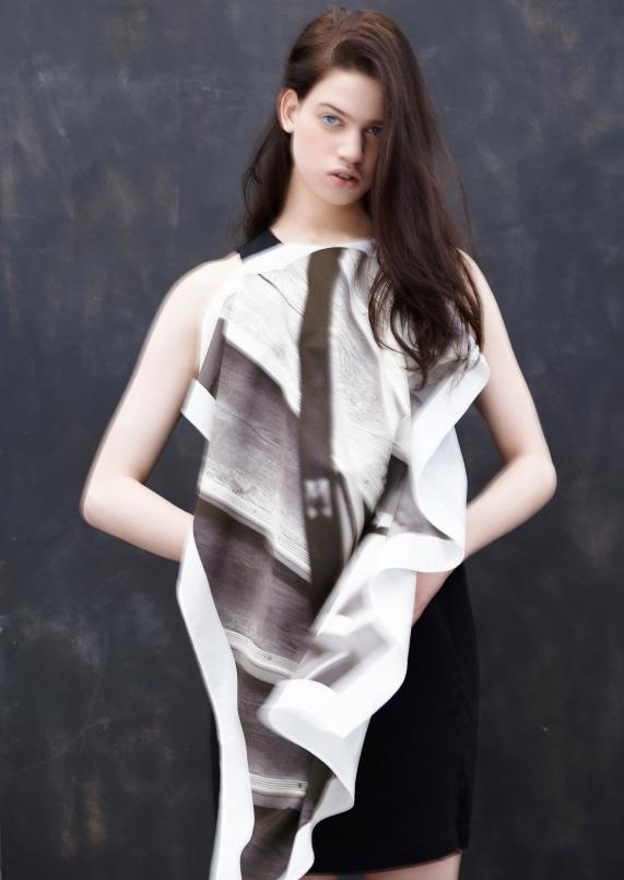 Paneled printed cotton dress  MM6 .