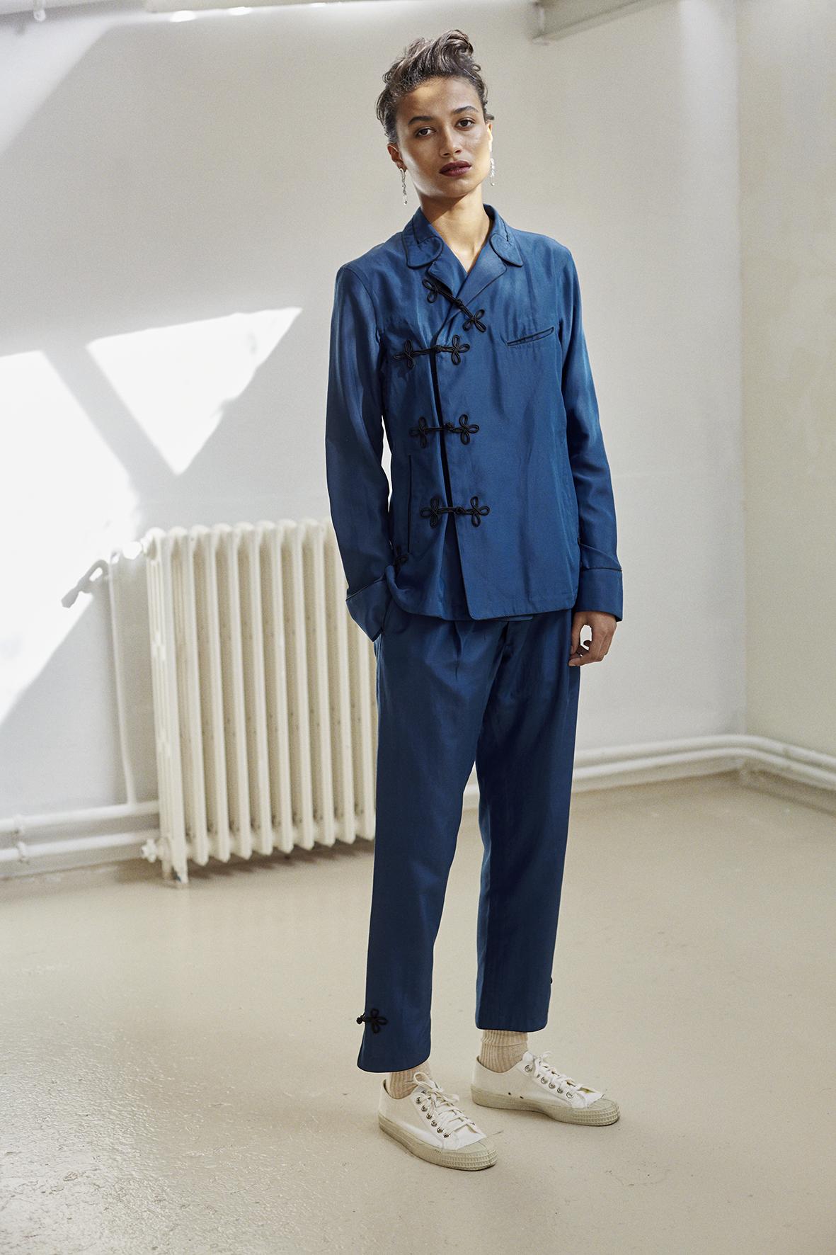 Midnight blue pajama ensemble. Hand-cut crystals silver earrings EDDIE BORGO