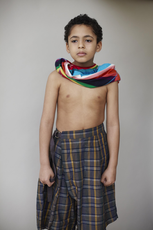 Multicolor crew neck striped cotton t-shirt PAUL SMITH, oversized gingham silk shorts KOLOR.