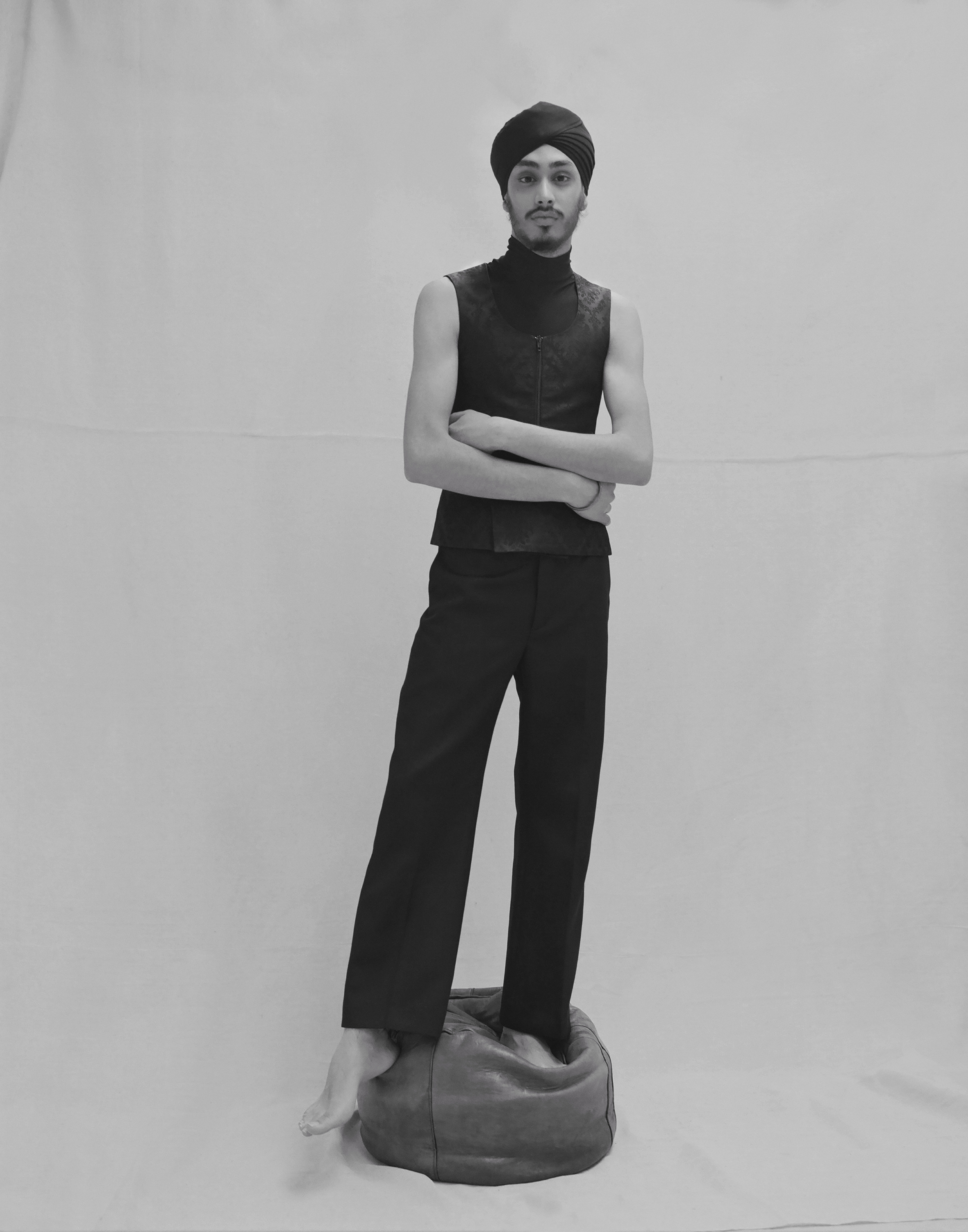 Jacquard vest, sleeveless turtleneck and trousers BALENCIAGA.