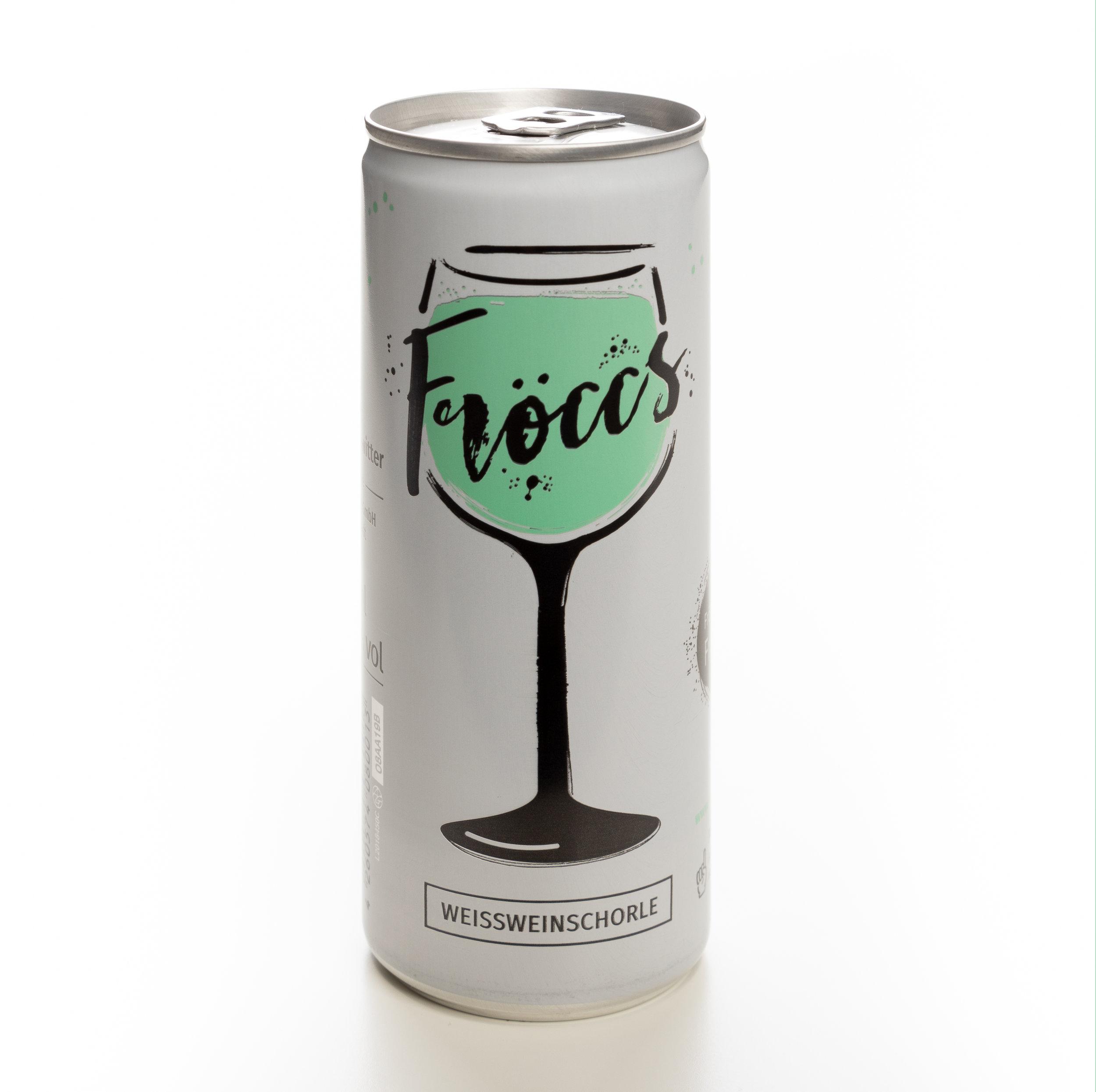 WM100 - FRÖCCS WEINSCHORLE 0,25l - Trockener Weißwein & Wasser (mit Kohlensäure) im Verhältnis von 60% Wein zu 40% Wasser. Alc. 6,5% vol. Pfandfrei da vollständig recycelbar. Preis p. Liter 9,96€Preis pro Dose 2,49 €WM100Preis 4er Pack 8,90 €WM100a