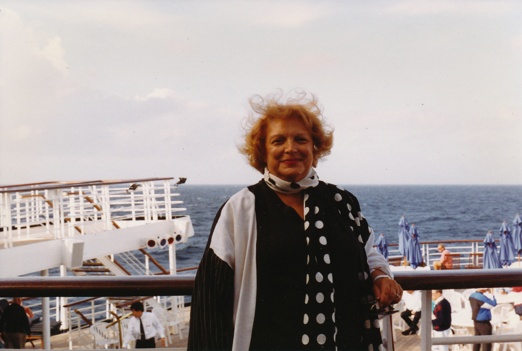 BLS - undated cruise ship (black 7 white outfit).jpeg