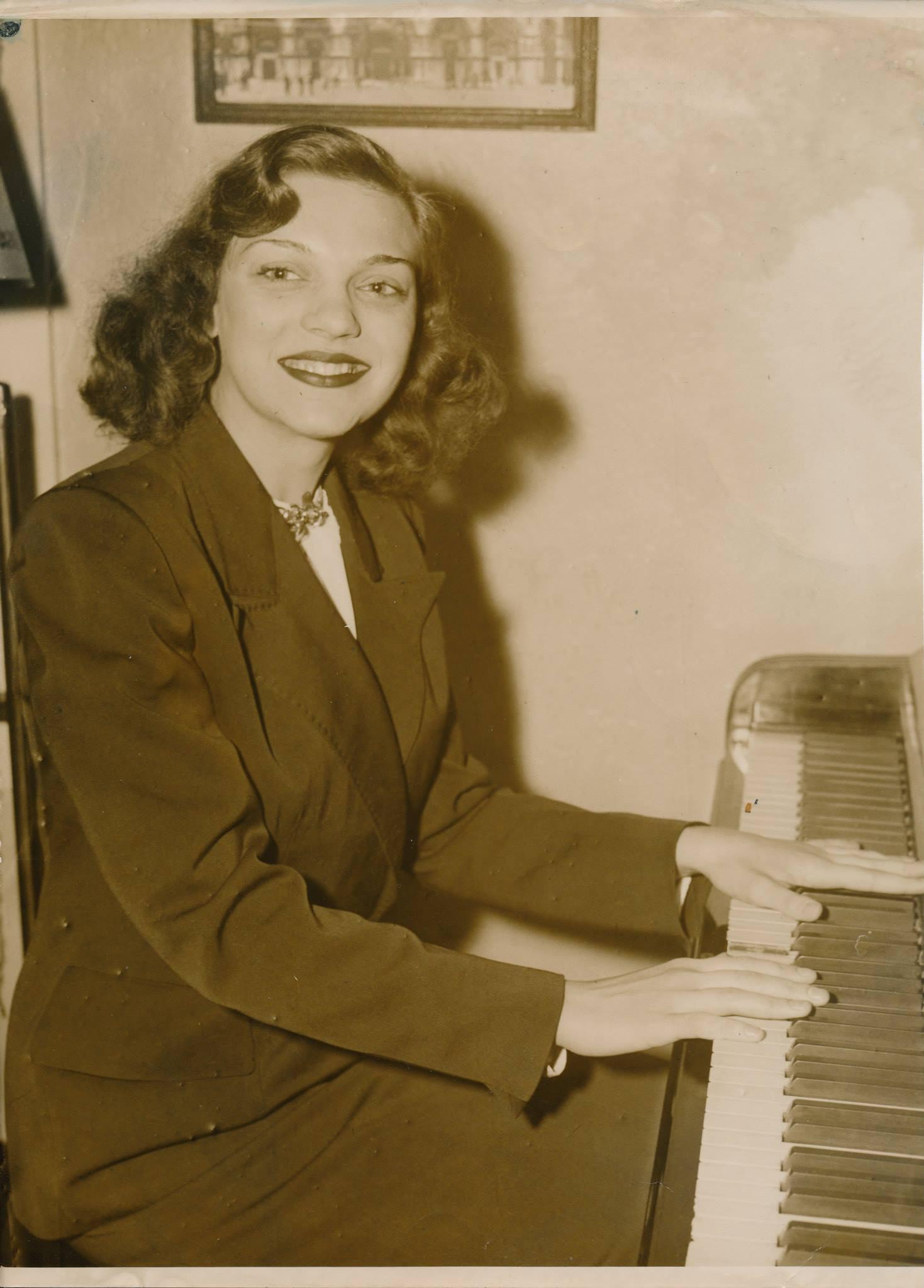 BLO at Piano.jpg