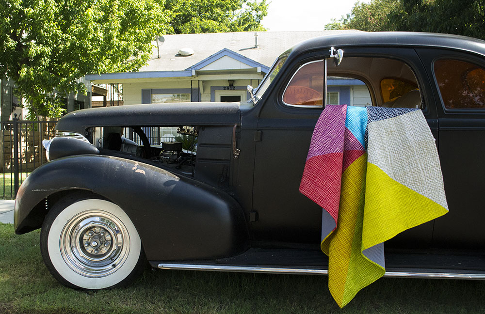 Had to include this shot. I love the quilt AND the car!