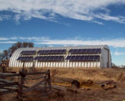 EnergyEfficientAbodeManzanolaRoofandPole.jpg
