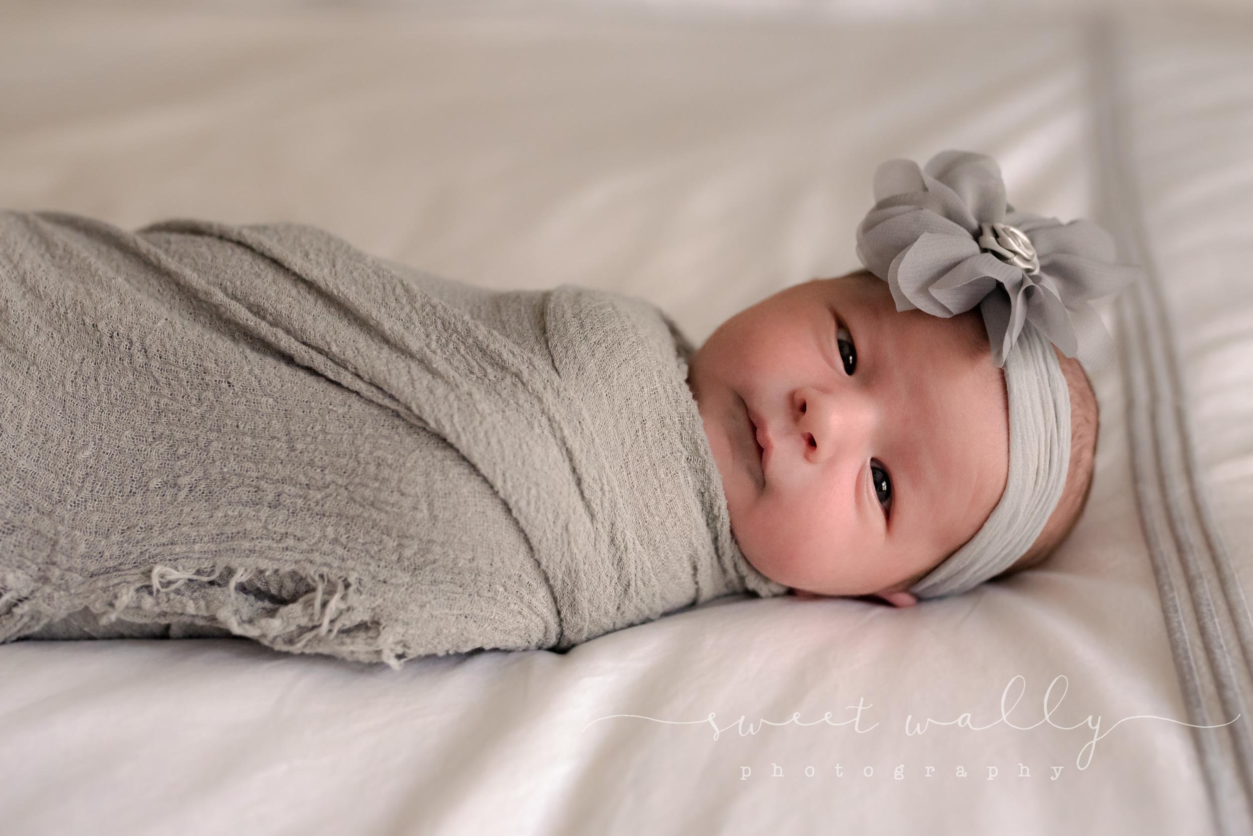 Hi - I'm new here. | Lifestyle Newborn Session | Nashville Newborn Photographer | Sweet Wally Photography