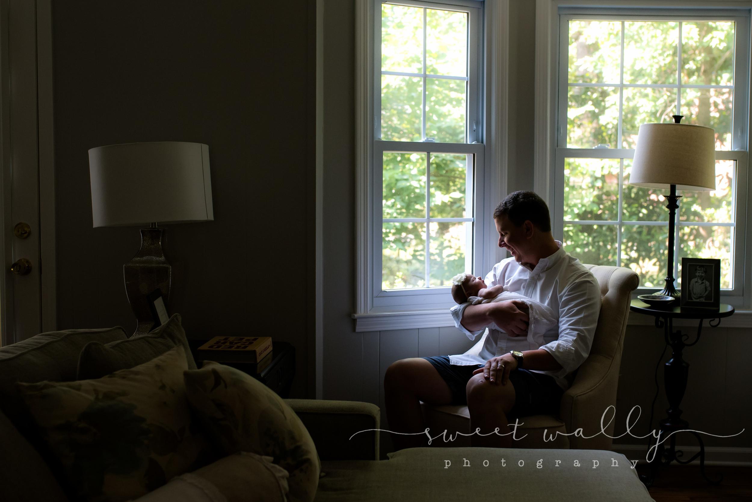Snuggle shot | Lifestyle Newborn Session | Nashville Newborn Photographer | Sweet Wally Photography