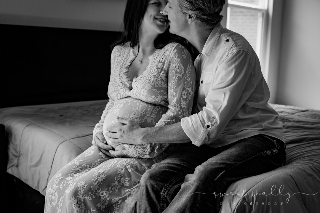On the brink of something big | Intimate Maternity Session | Sweet Wally Photographer | Maternity Photographer in Nashville