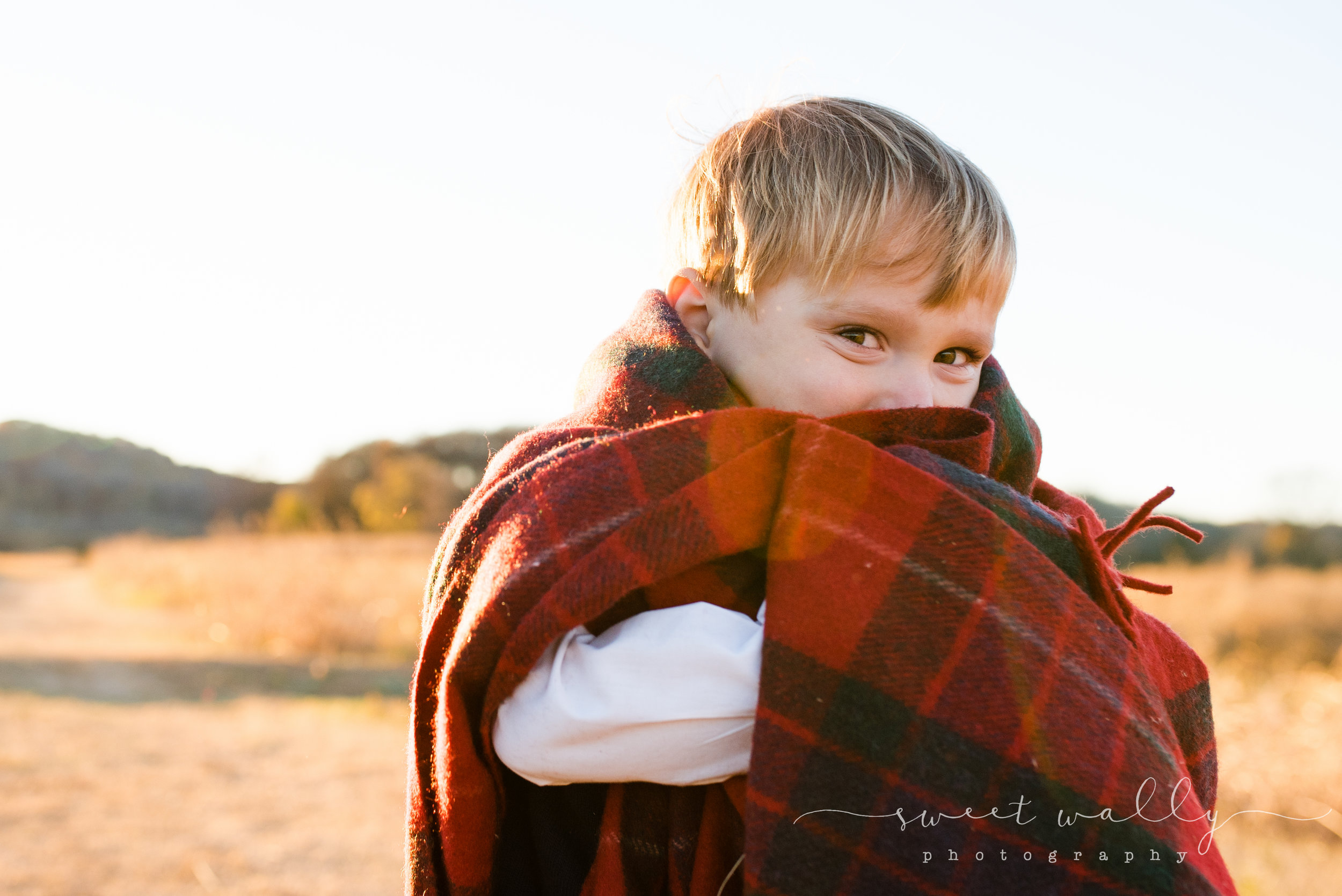 Proud big brother | Family Maternity Session by Sweet Wally Photography