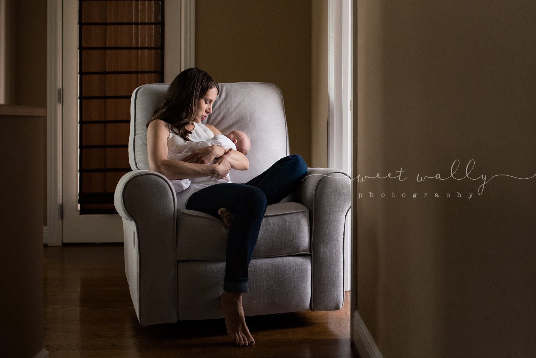 Rocking baby | Newborn Lifestyle Session by Sweet Wally Photography | Nashville TN