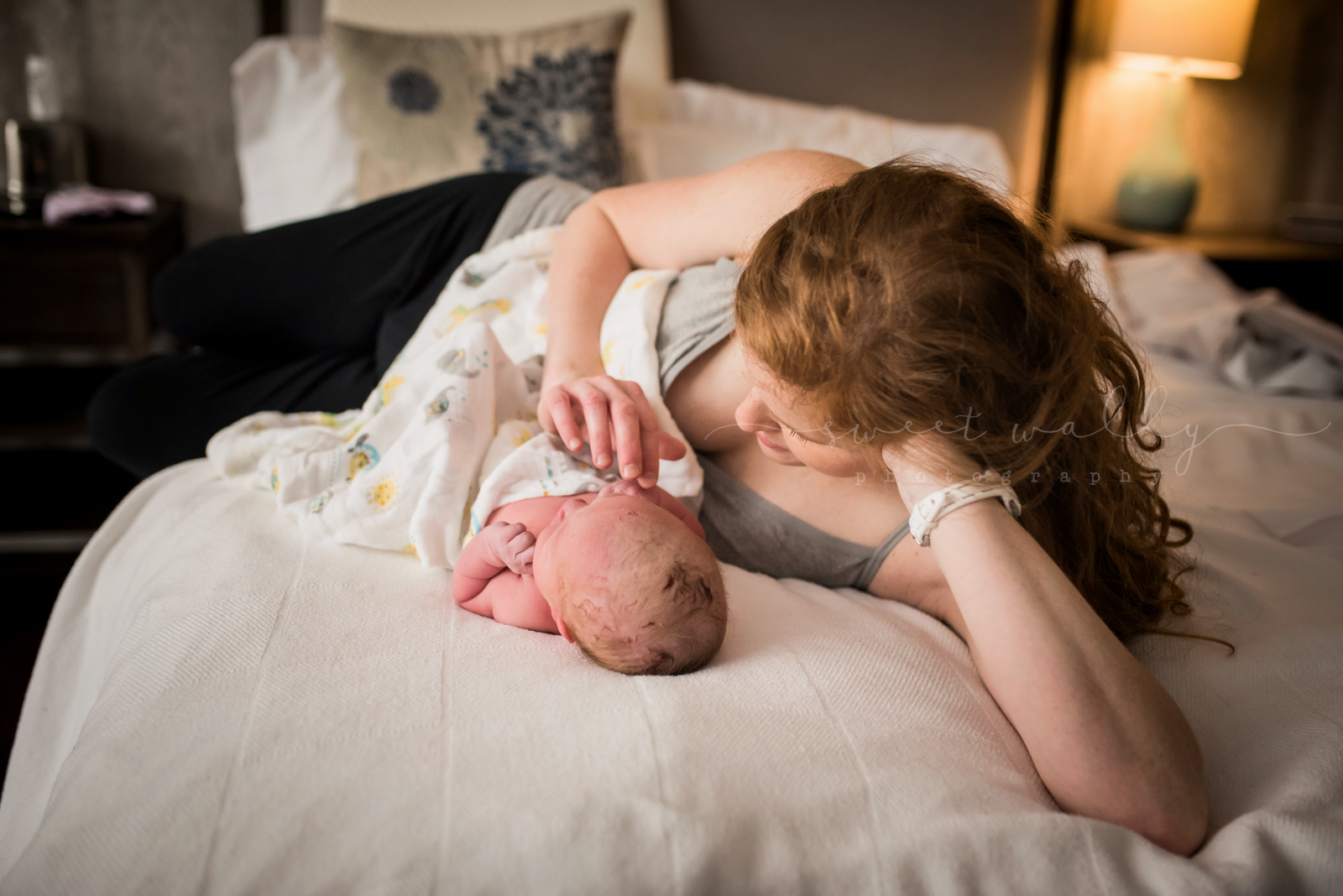 A quiet moment with just mom and her baby boy | Fresh 48 Newborn Session by Sweet Wally Photography | Nashville, TN