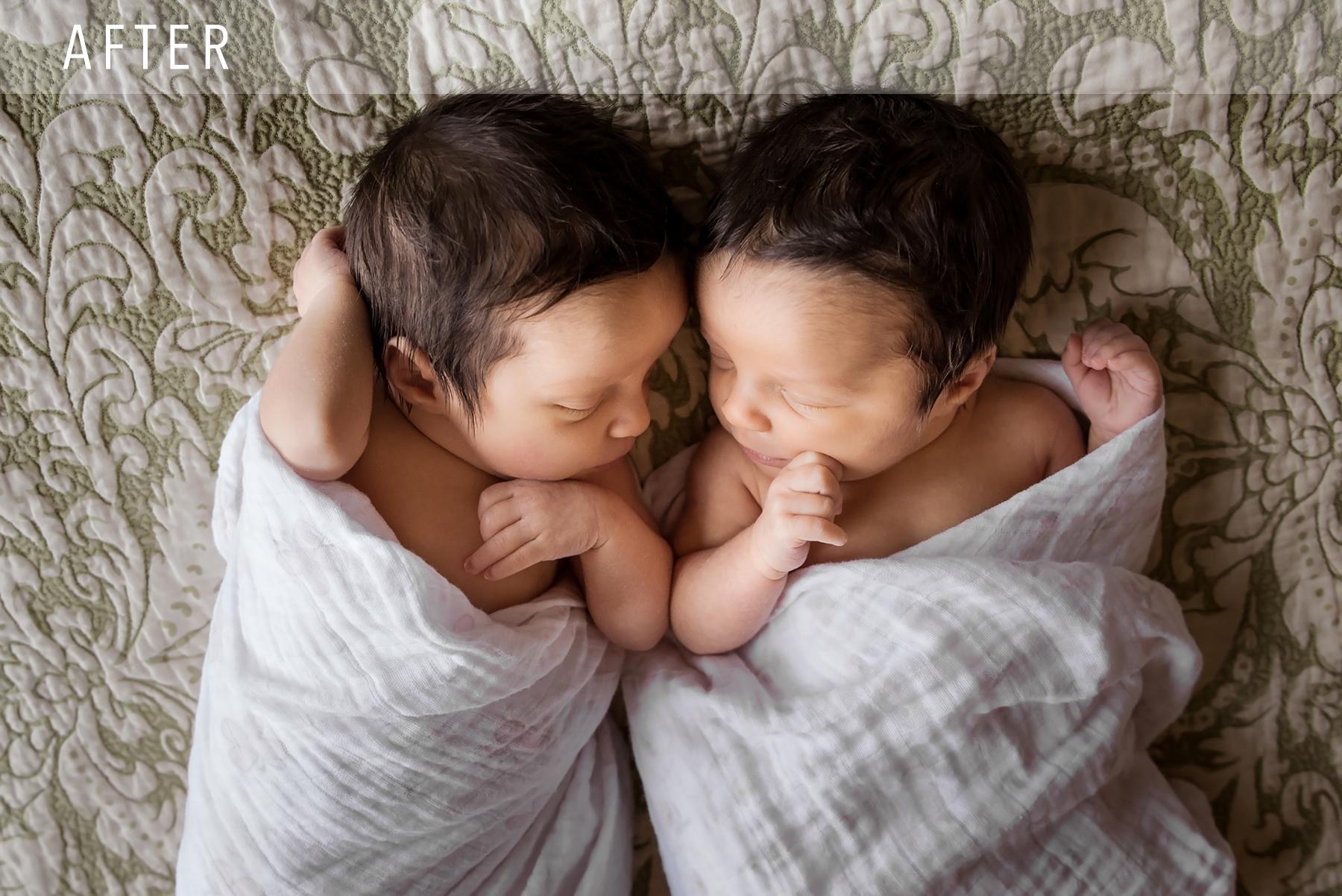 twins_after_bowling green newborn photographer.jpg