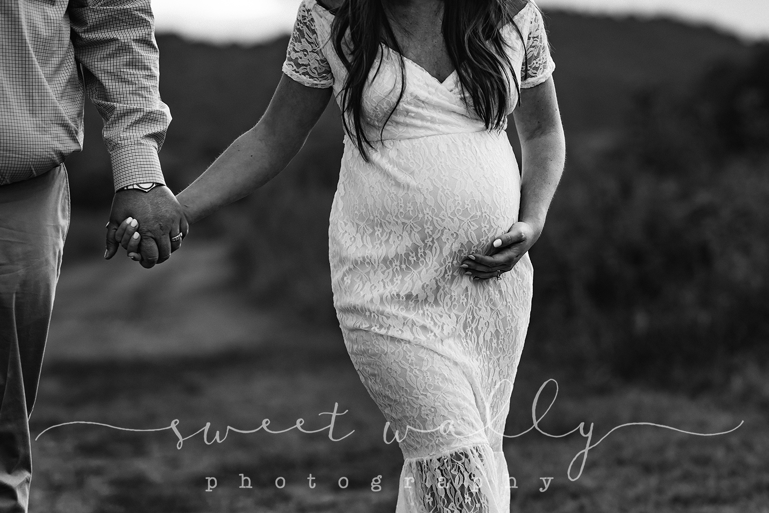 nashville maternity photographer.jpg