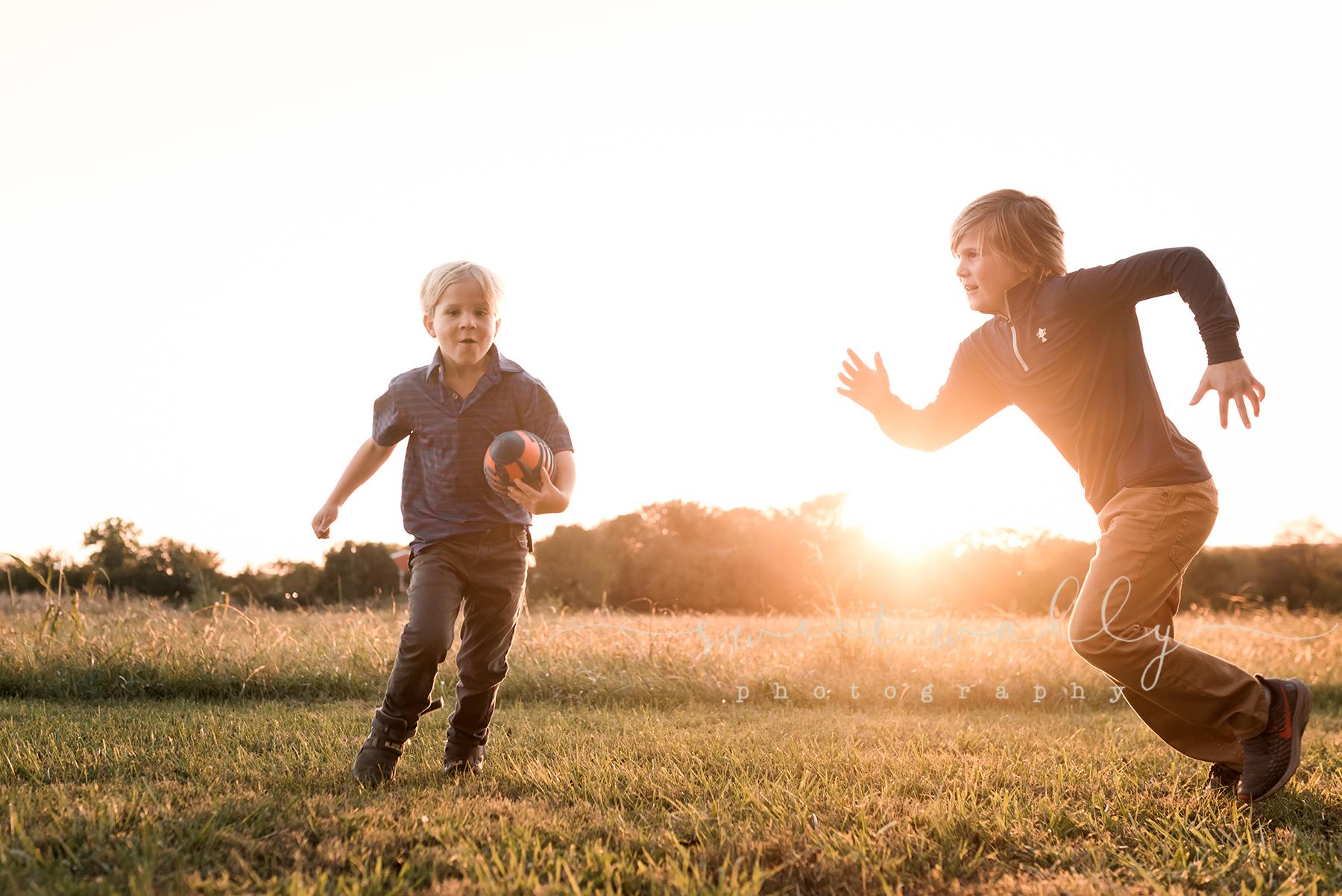 best family photographers in nashville.jpg