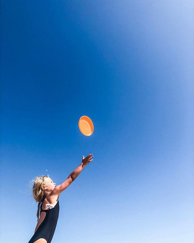 living life in color today - #claireharveyphotography #nantucketisland #islandlife #bluesky #beachlife #vacationland #usa #photooftheday #ack #letthembelittle #letthekids #our_everyday_moments #ohheymama #follow_heymama