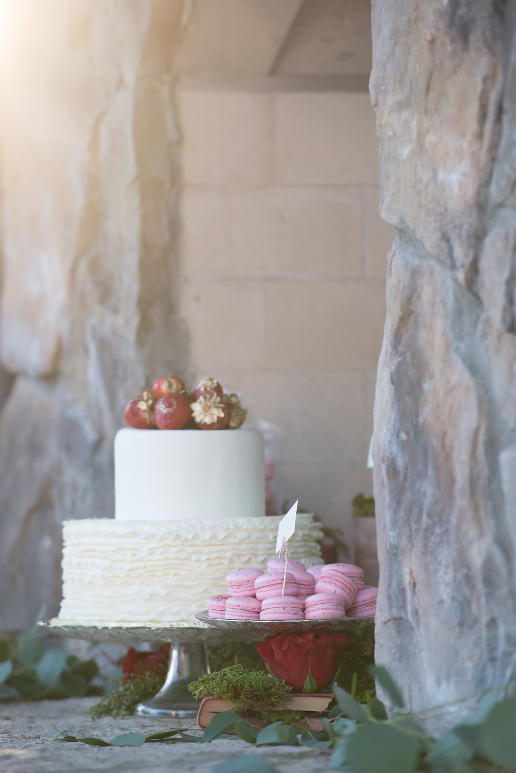 Macarons as wedding dessert | Kelly Birch Photography
