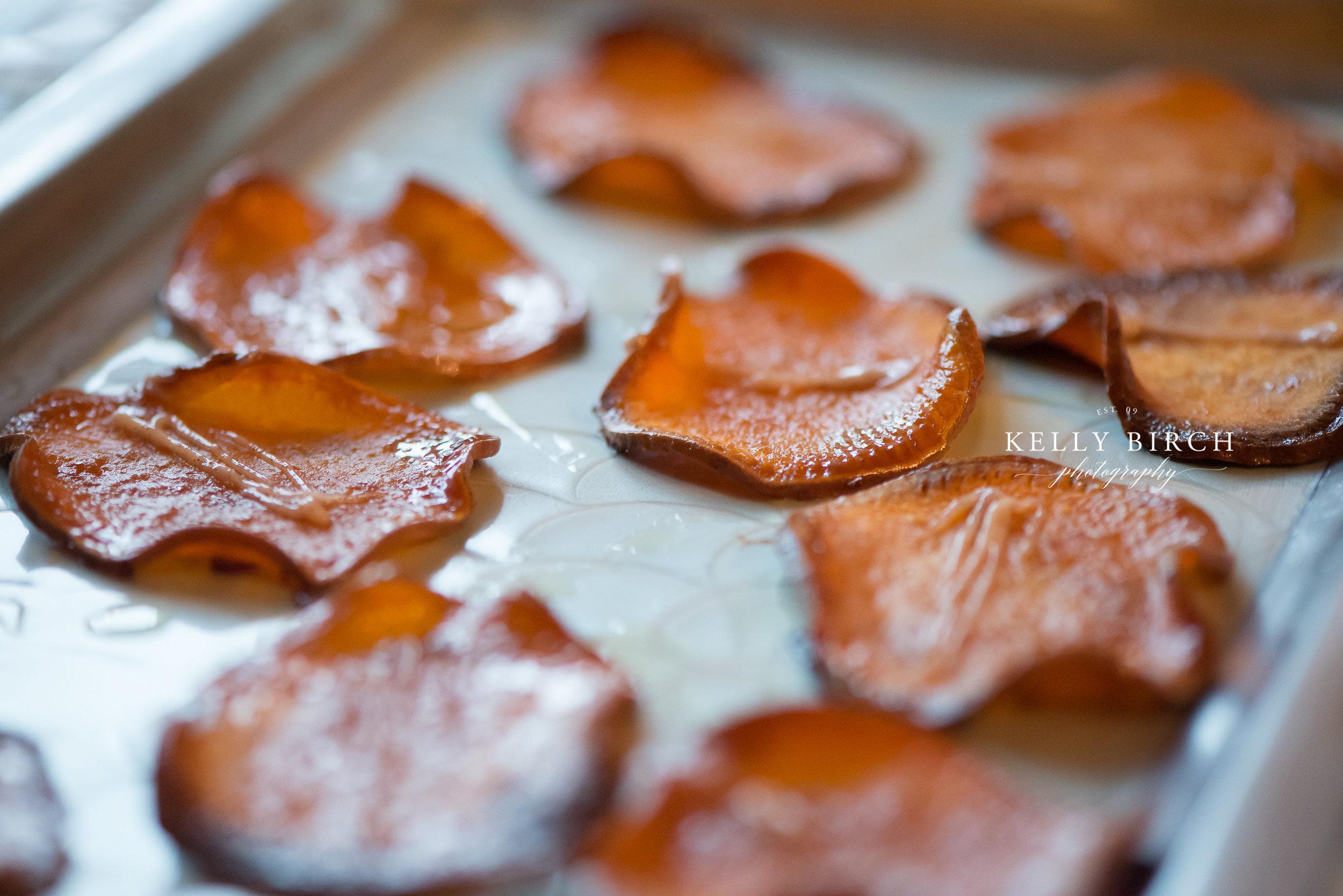 Wedding appetizer sweet potato crisps   Photo by Kelly Birch Photography