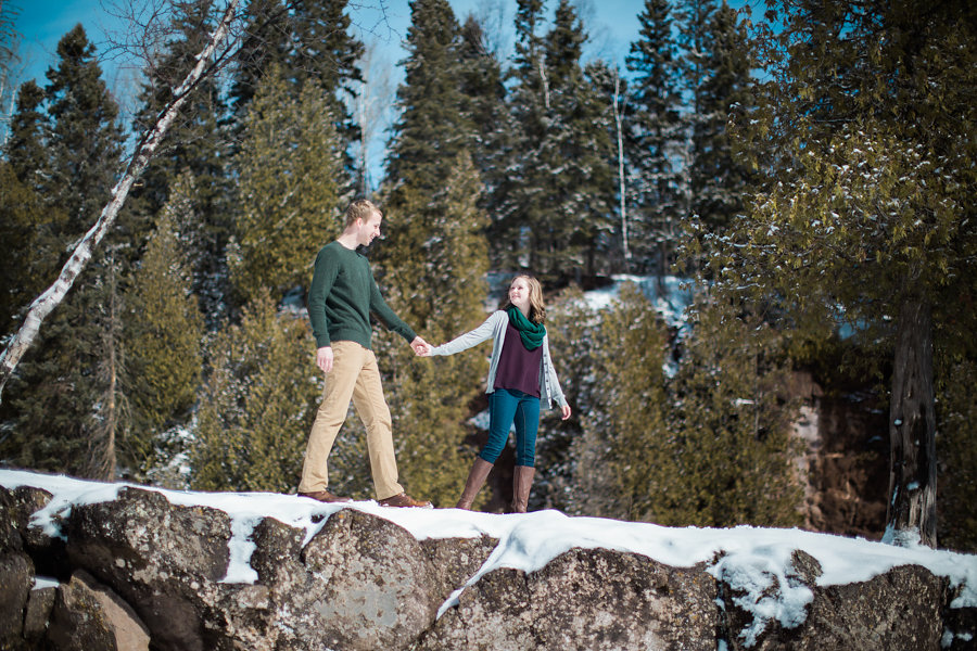 Winter engagement by the lake | green gray and burgundy | Photo by Ashley Elwill Minneapolis wedding photographer