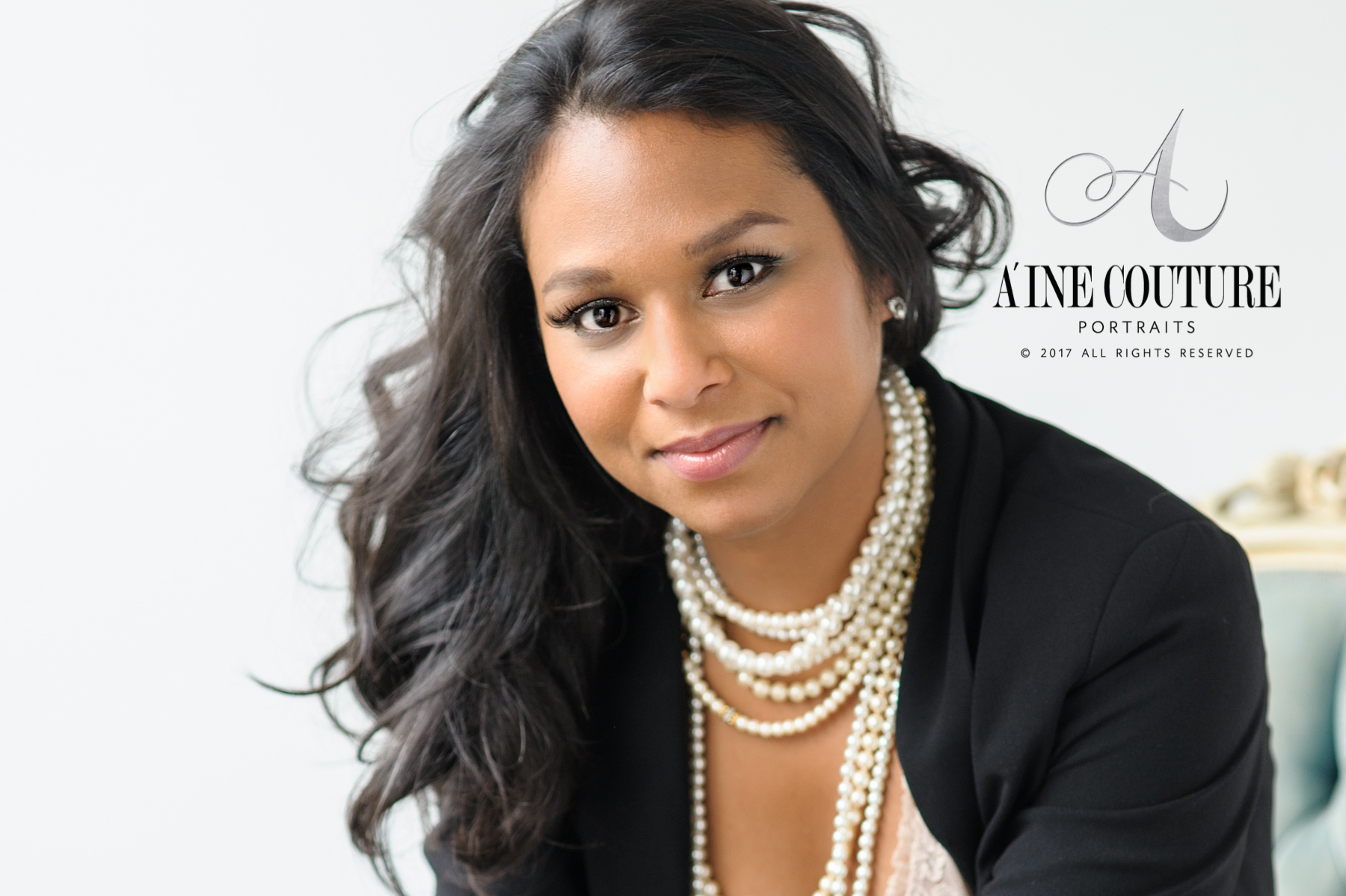 Barbie Schwartz | A'ine Couture Portraits | Josey Stafford headshots | Minnesota wedding planner | black blazer and pearls