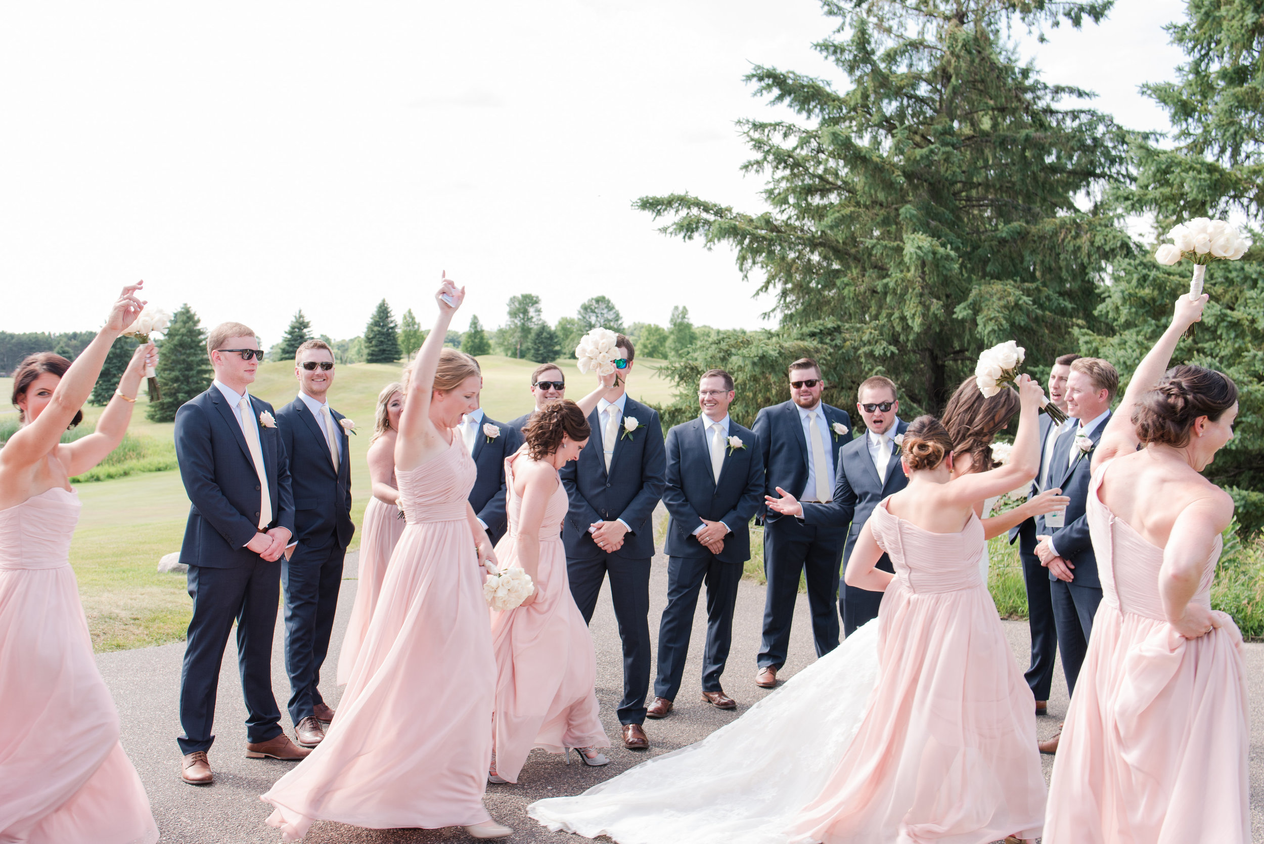 Lumos Images Punch of personality in your wedding | Minnesota wedding blog by Sixpence Events and Planning