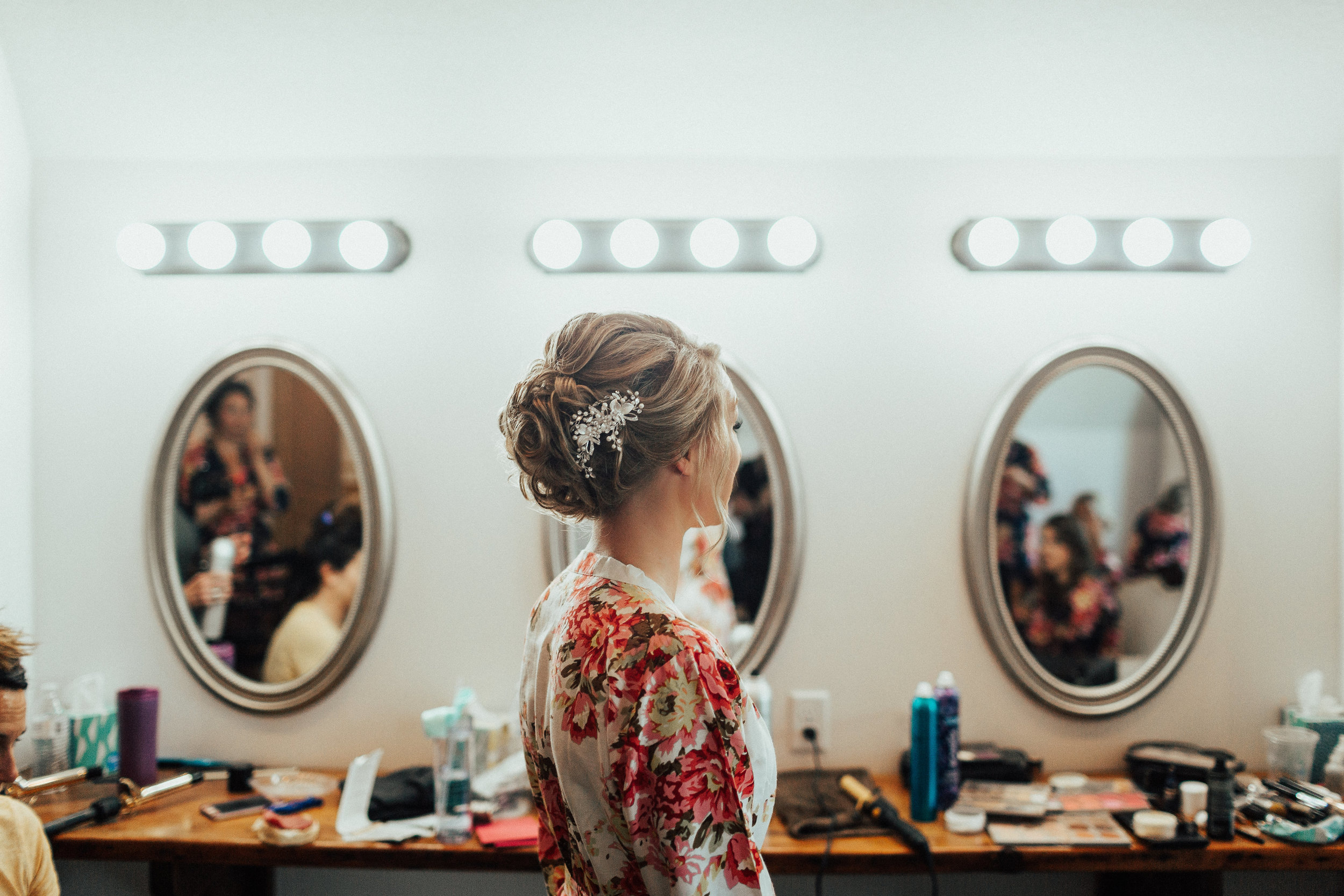 Janelle Elise | Megan + Corey | Furber Farm | Sixpence Events | A Vintage Touch Weddings | getting ready robes with hair pin