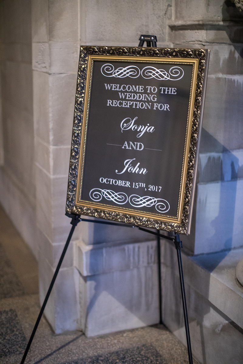 Mirror welcome sign | Brian Bossany Photography | Sixpence Events & Planning wedding blog and day of coordinating | Rosann Konieczny calligraphy | American Swedish Institute wedding