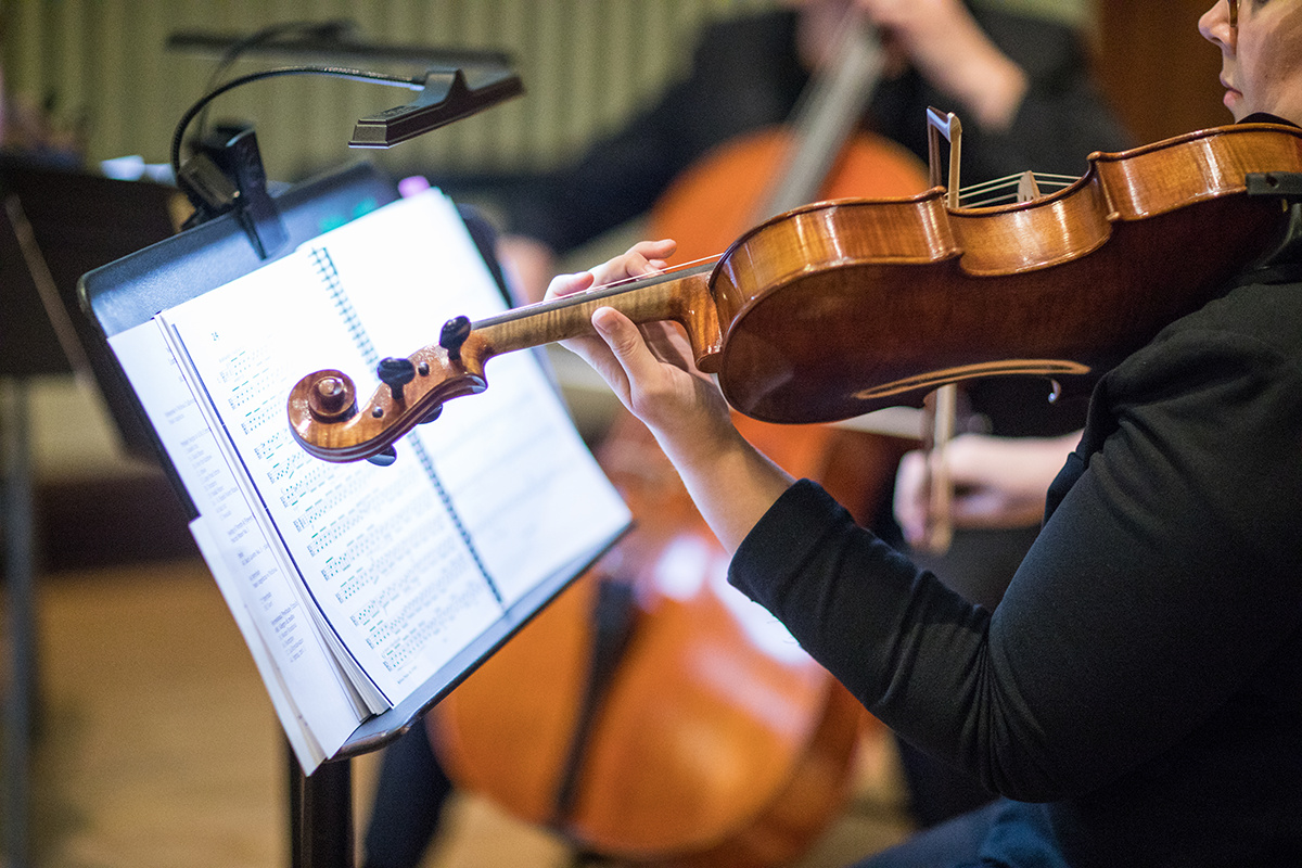 live ceremony music for wedding | Loring String Quartet at Mindekirken Lutheran Church | Brian Bossany Photography | Sixpence Events & Planning wedding blog and day of coordinating
