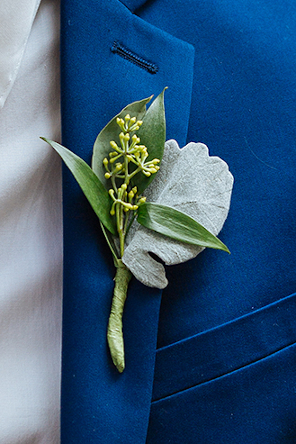 Hailey and Hunter | Alyssa Lee Photography | Sixpence Events & Planning | bright blue suit with boutonniere no flower - dusty miller with seeded eucalyptus and italian ruses