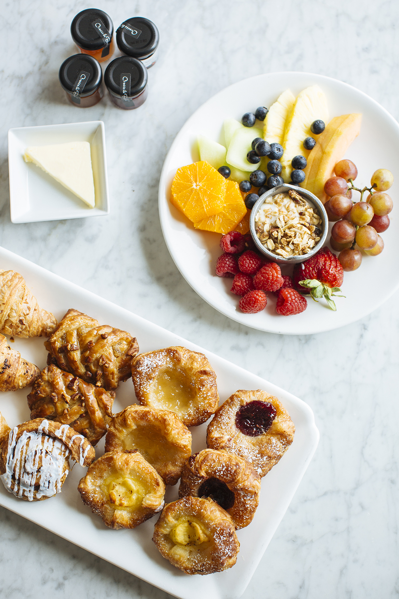 Alyssa Lee Photography // brunch catering for wedding day // Sixpence Events & Planning // pastries and fresh fruit