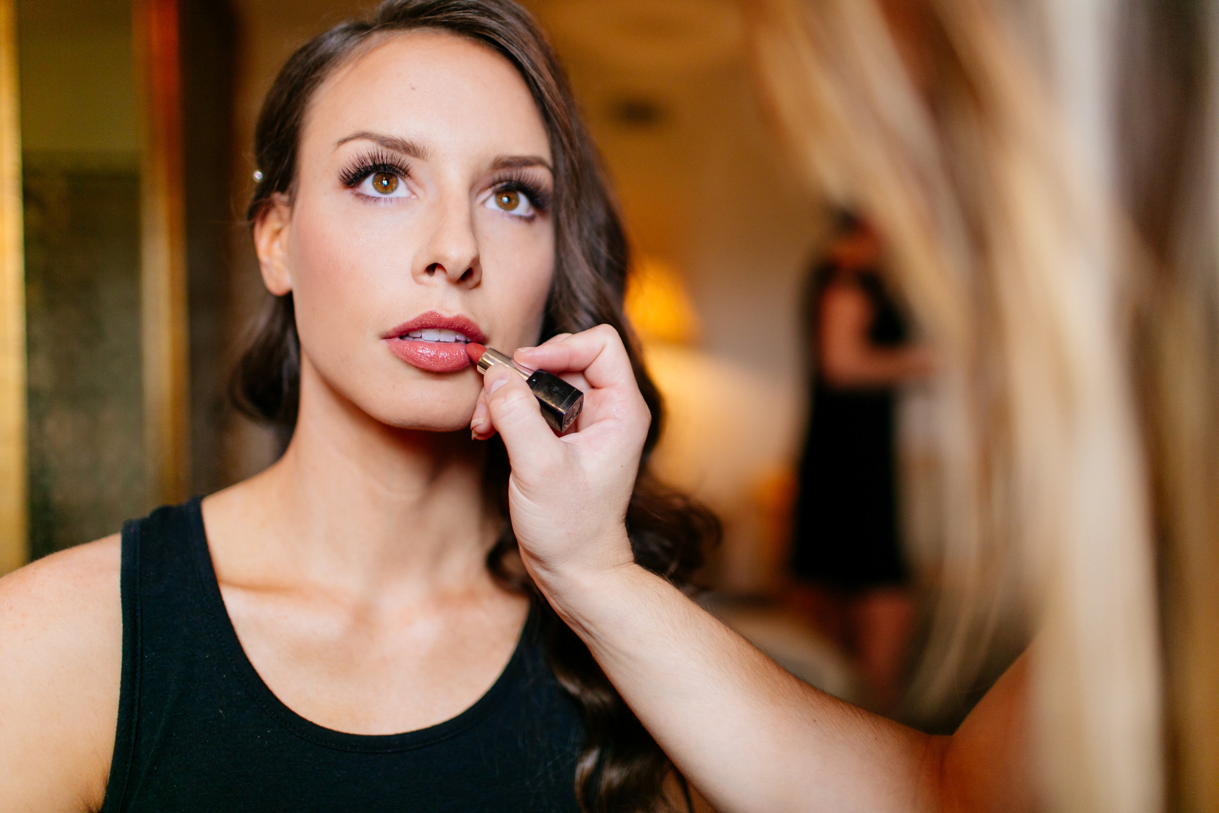 How to Capture Your Getting Ready Photos | Leah Fontaine Photography | Getting ready photos with putting on lipstick glamour shot