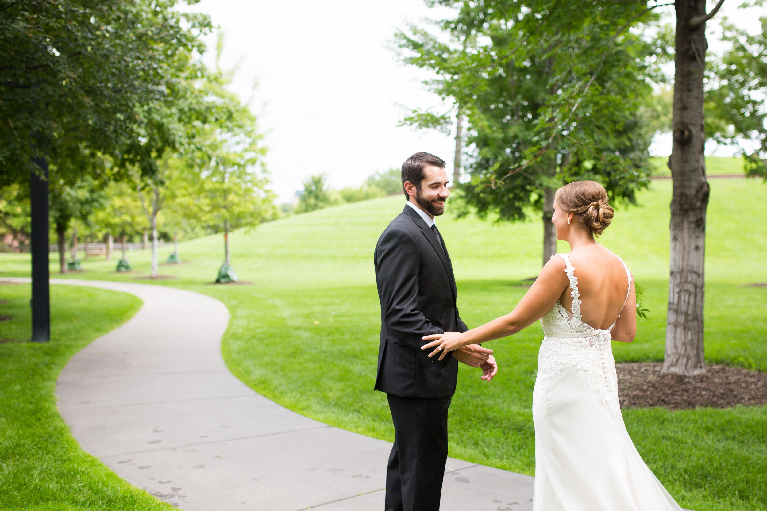 Kaylie + Travis | Sixpence Events wedding planner in the midwest | Studio KH photography | first look in the park