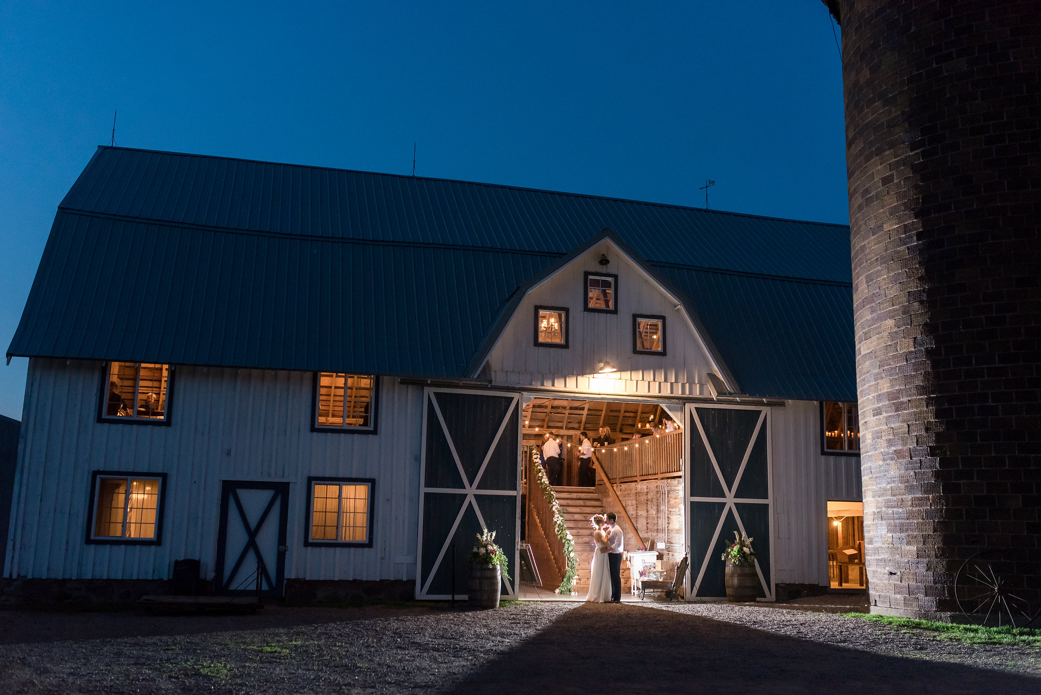 open doors photo | Kelly Birch Photography :: Bloom Lake Barn :: Sixpence Events Minnesota wedding planner :: A Vintage Touch Weddings :: Brett Dorian.jpg