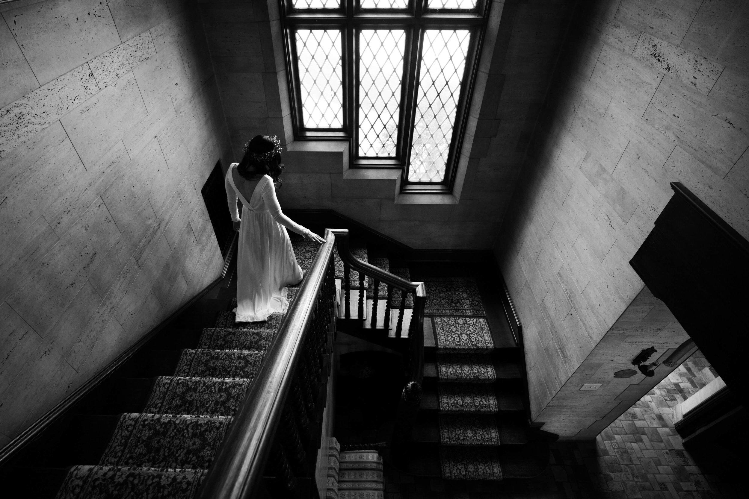 Studio KH | bride walking down the stairs