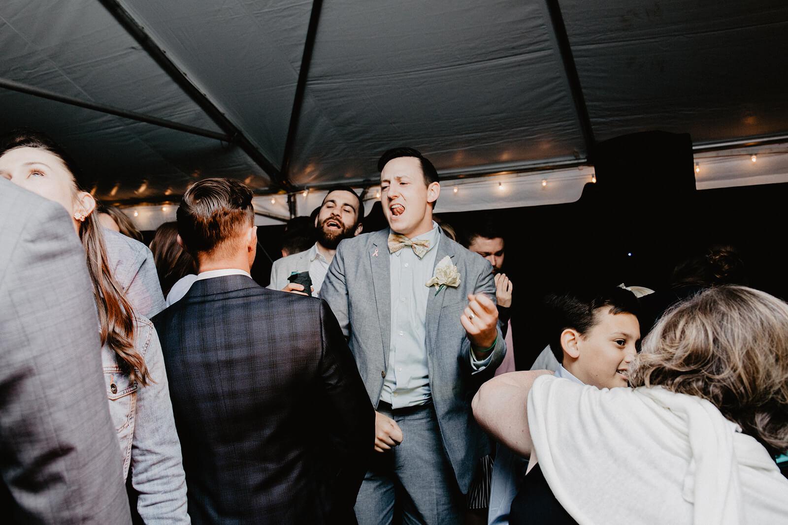 Alex + Lisi :: backyard Minnesota wedding :: Mads Lizotte photography :: Sixpence Events2.jpg