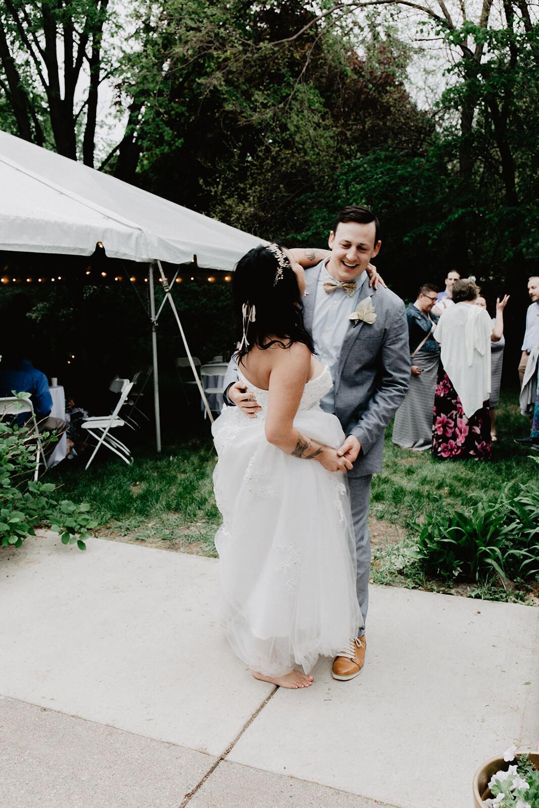 Alex + Lisi -- backyard Minnesota wedding -- Mads Lizotte photography -- Sixpence Events -- first dance.jpg