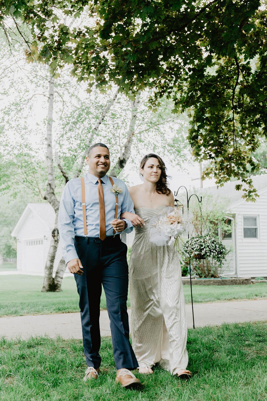Alex + Lisi :: backyard Minnesota wedding :: Mads Lizotte photography :: Sixpence Events16.jpg