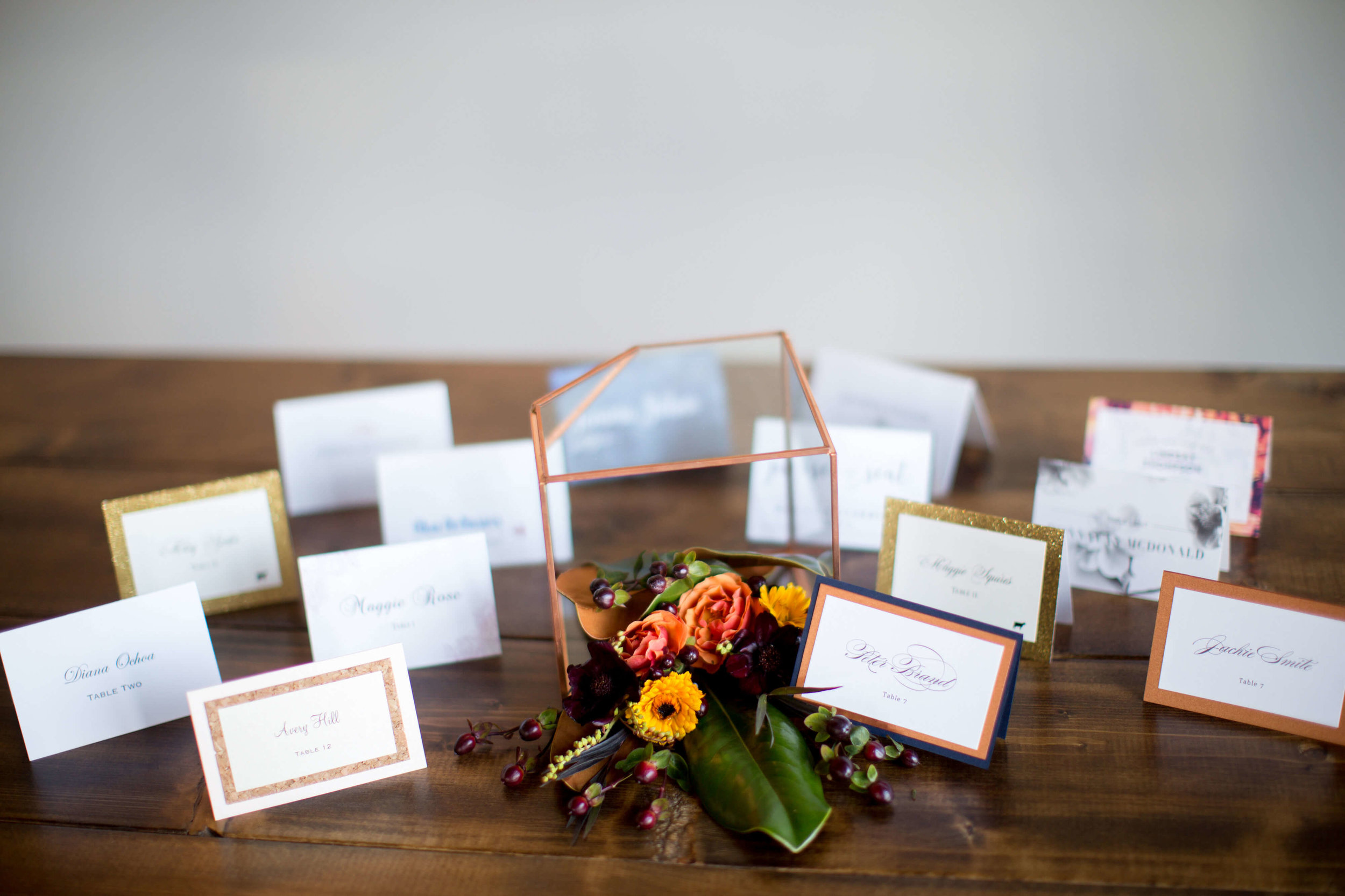 Place cards  | Krista Reynolds Photography | Sixpence Events Wedding planning | Ivory Isle Design