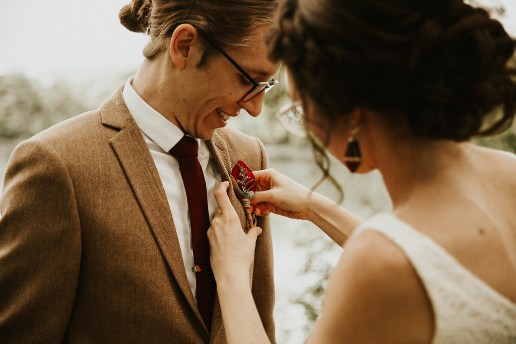 Mike + Cat :: Grace Byron Photography :: Sixpence Events, bride pinning her grooms boutonniere